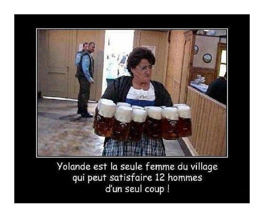 Yolande est la seule femme du village