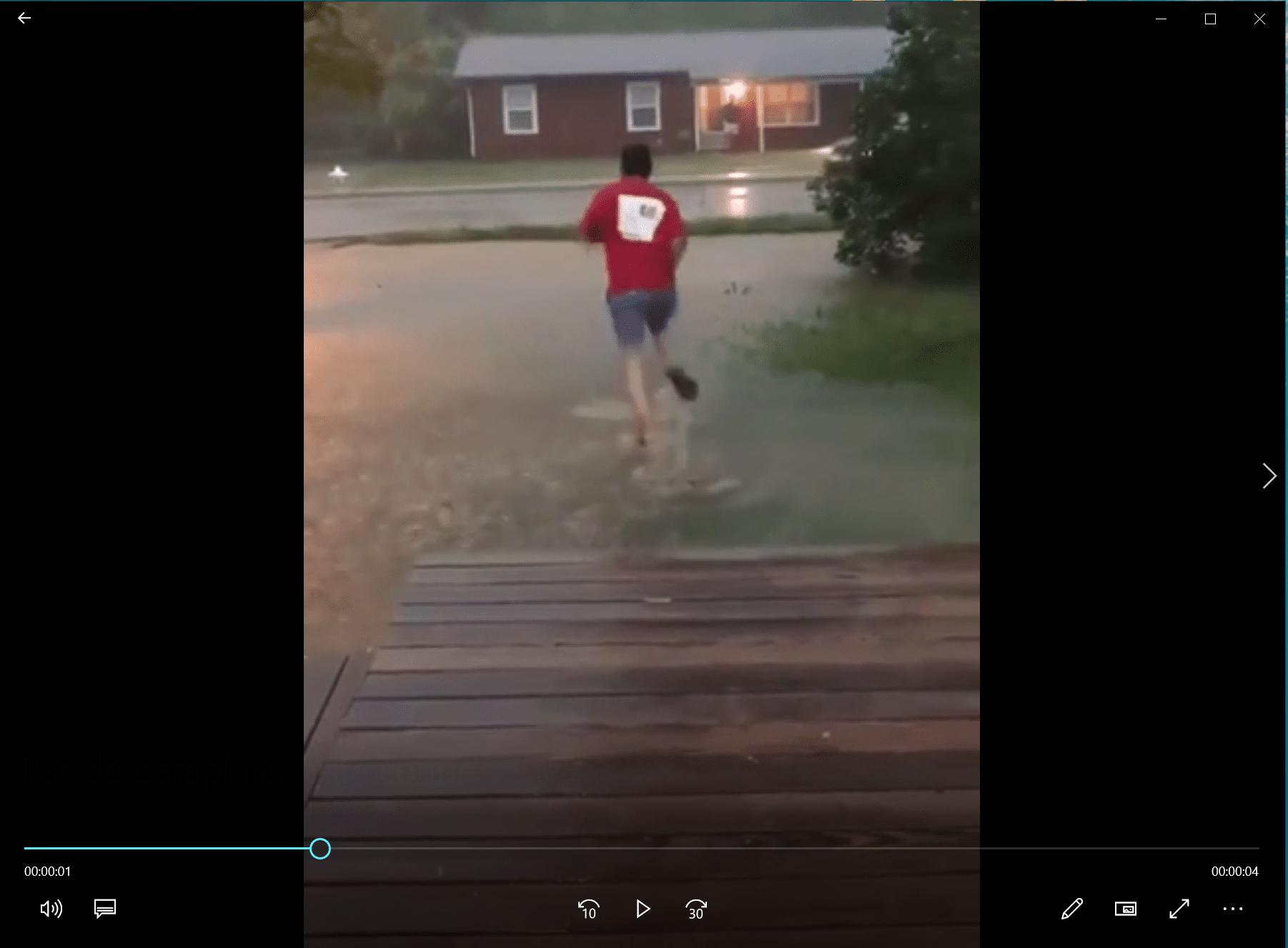 Pas de parapluie, juste courir